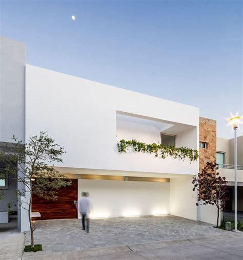 minimalist home 12 minimalist modern house exteriors from around the world