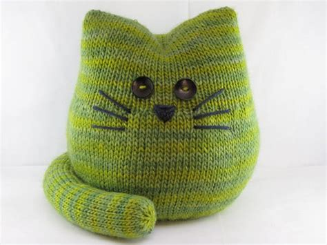 cat knitting cat and kitten knitting patterns in the loop knitting