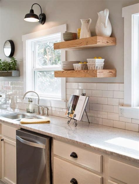 wall ideas for kitchens 25 best ideas about grey kitchen walls on