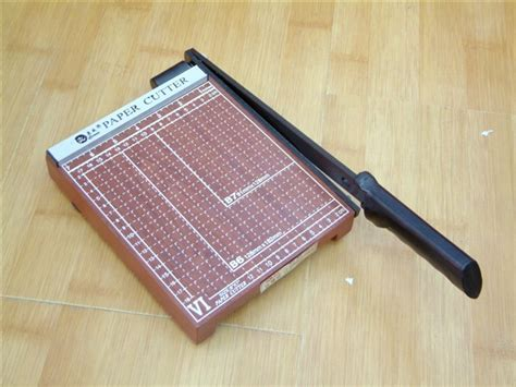 what is the best paper cutter for card a4 paper cutter manual business card photo cutting wood in