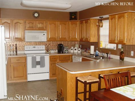kitchen ideas with oak cabinets oak kitchen cabinets casual cottage