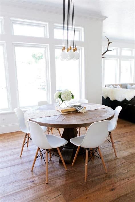 kitchen set ideas 25 best ideas about eames dining on