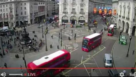 web cam london piccadilly circus live streaming london west end traffic