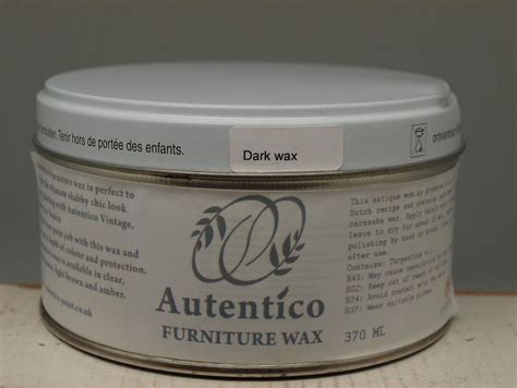applying autentico chalk paint autentico furniture wax for use with chalk paint clear
