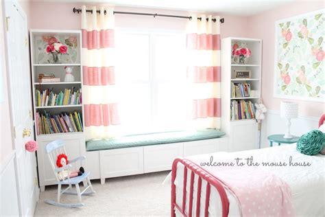 Kitchen Window Decor Ideas besta window seat for little girl room ikea hackers