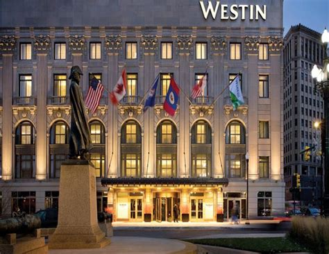 Cadillac Westin Detroit by 3 Days In Detroit Mocha Style