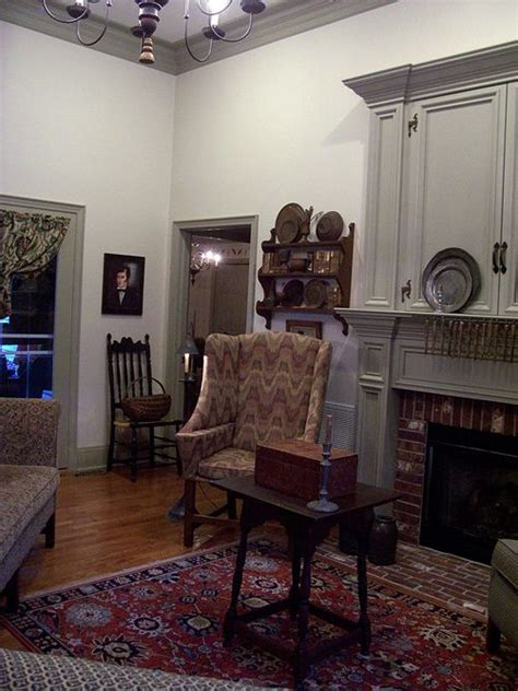 primitive paint colors for living room 17 best images about colonial or early american living