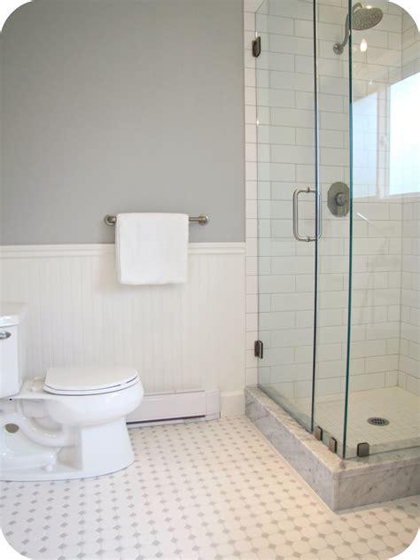 White Tile Bathroom by White Tile Floor Bathroom 2017 Grasscloth Wallpaper