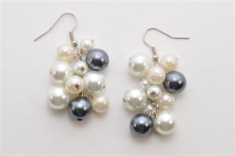 how to make pearl jewelry easy tutorial on pretty pearl cluster earrings