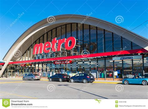 stores canada metro grocery store in toronto canada editorial stock