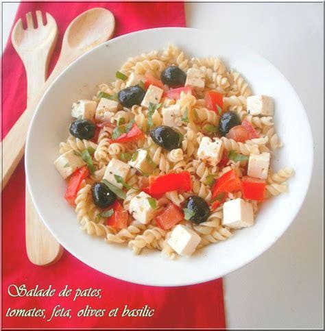 salade de pates tomates olives feta et basilic ola