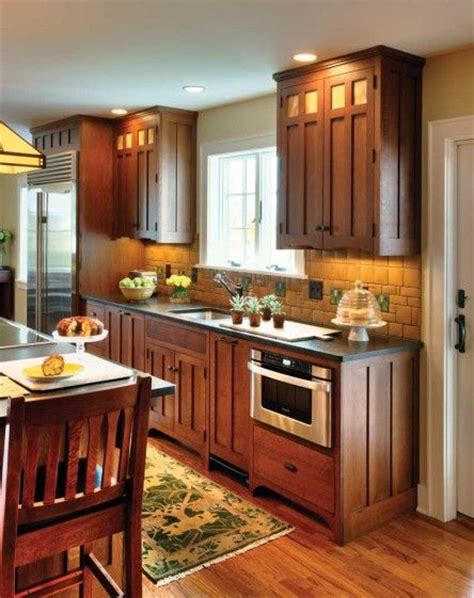 arts and craft kitchen cabinets 25 best ideas about craftsman kitchen on