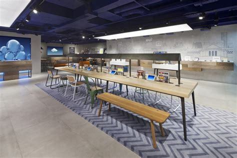 store uk o2 concept store by dalziel pow manchester uk