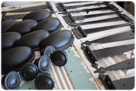 spray paint kitchen hardware cabinet hardware on the cheap