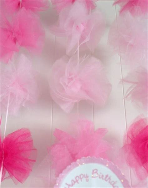 tulle craft projects diy tulle pom pom garlands think crafts by createforless