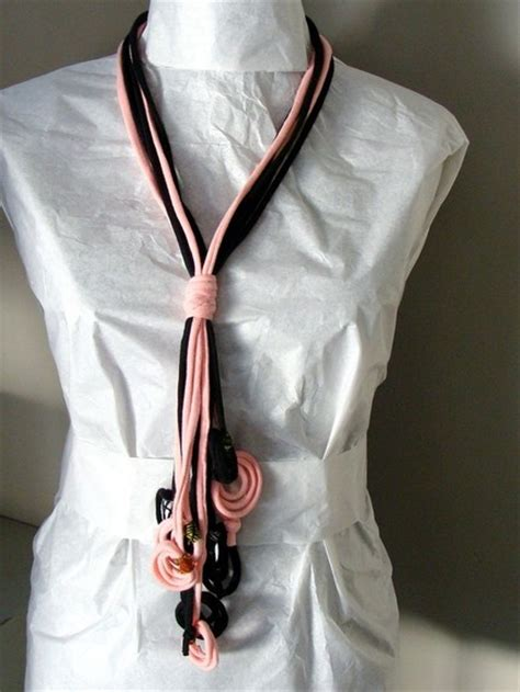 reuse gold to make new jewelry upcycle clothes 24 ideas how to reuse t shirts and