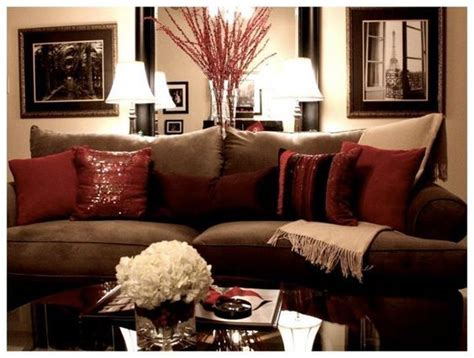 brown and white home decor 25 best ideas about burgundy decor on