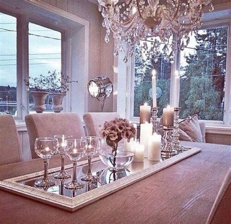 Dining Table Centerpiece Ideas Pictures by 10 Best Ideas About Dining Table Decorations On Pinterest