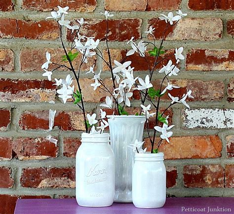 spray painting glass jars spray paint glass jars and use them as vases