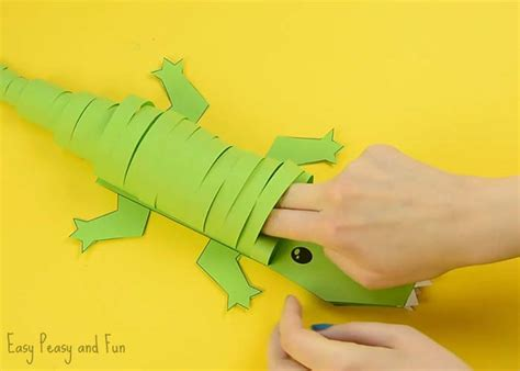 crocodile craft for paper crocodile craft easy peasy and