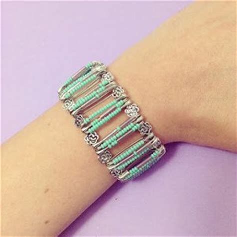 how to make safety pin jewelry safety pin bracelet how to make in 27 ways guide patterns