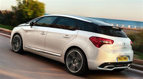 Citroen Ds 5 by Citroen Ds5 2 0 Hdi Dsport 2014 Review Car Magazine
