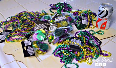 mardi gras crafts for diy mardi gras frame purple patch diy craft website