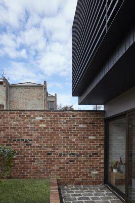 garden wall melbourne garden wall house in carlton melbourne e architect