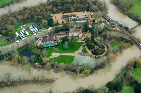 george clooney home george clooney s 163 10million mansion flooded as river