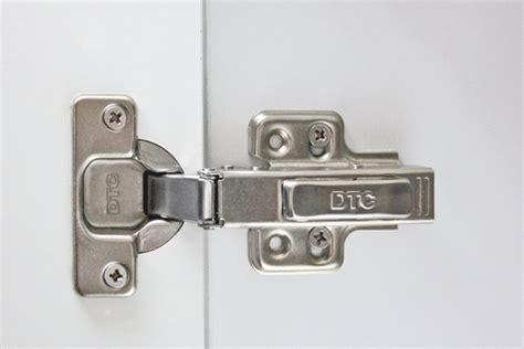 adjusting cabinet door hinges adjusting door hinges kaboodle kitchen