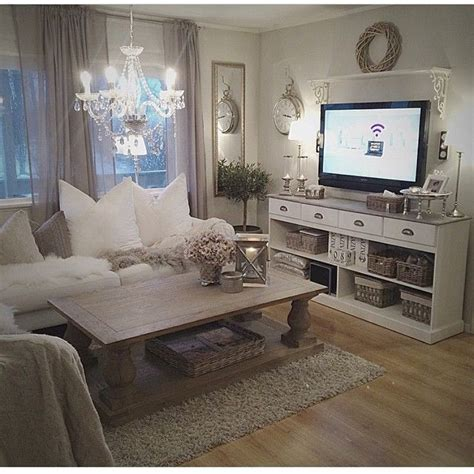 shabby chic living best 25 shabby chic living room ideas on