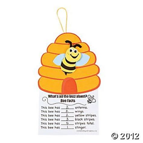 busy bee crafts busy bee math craft kit bee themed classroom