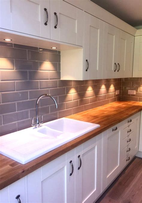 design of tiles for kitchen 25 best ideas about kitchen tiles on subway