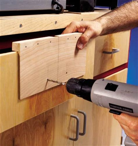 woodworking jig hardware drawer pull mounting jig