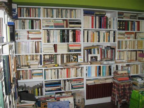 construire une bibliotheque dans une niche