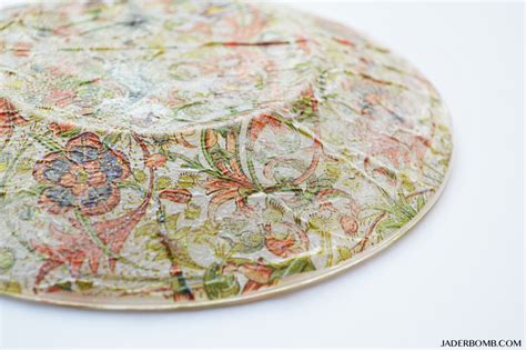 decoupage plates with photos how to decoupage glass
