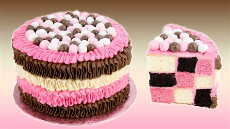 cupcakes and checkerboard neapolitan cake recipe from cookies cupcakes