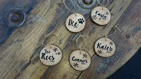 How To Diy Personalized Wood Slice Ornaments Diy Crafts