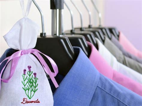 humedad en armarios empotrados consejos para evitar la humedad dentro del armario