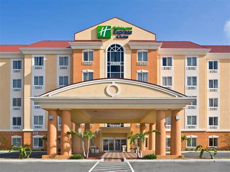 2 Bedroom Suites In Orlando Fl orlando hotel holiday inn express amp suites orlando south