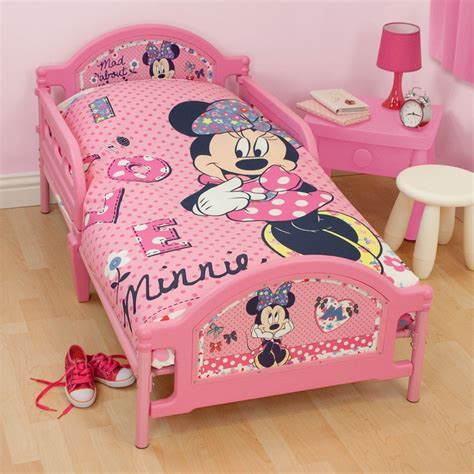 minnie mouse bedrooms minnie mouse bedroom bedding accessories ebay