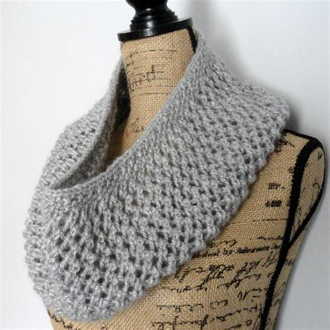 easy lace cowl knitting pattern mesh lace cowl purl avenue
