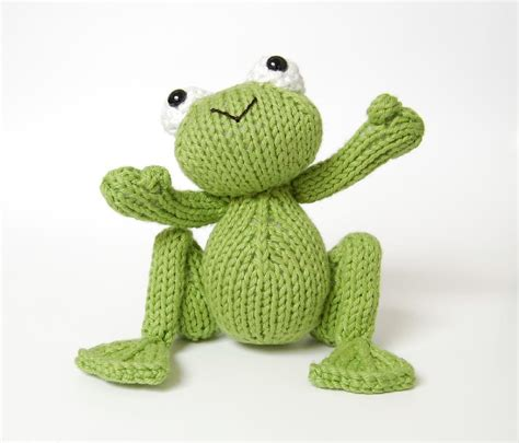 frog knitting pattern free knitted frog prince knitting pattern by connor