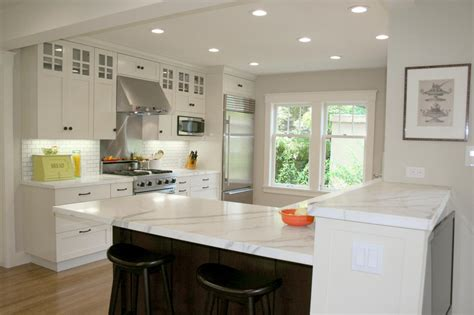 what color to paint kitchen with white cabinets what color should i paint my kitchen with white cabinets