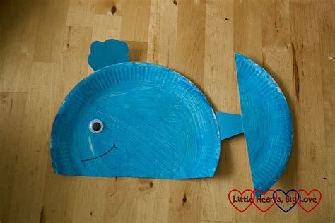 whale paper plate craft sea themed crafts for preschoolers hearts big