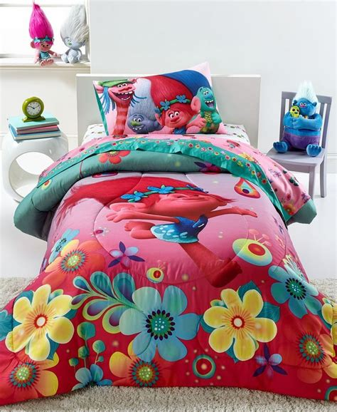 bedding for a bed 25 best ideas about comforter sets on