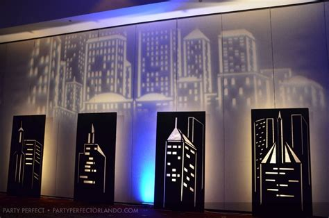when do the decorations come in new york new york themed nyc wedding