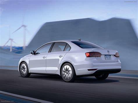 02 Volkswagen Jetta by Volkswagen Jetta Hybrid 2012 Car Wallpapers 02 Of