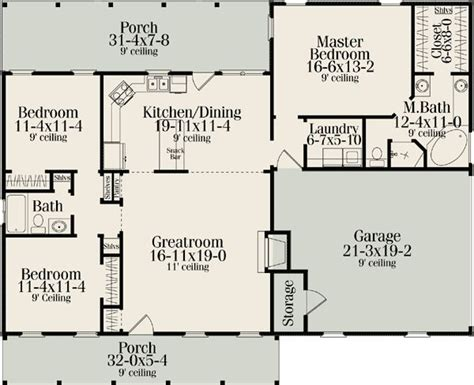 split bedroom house plans 25 best ideas about country house plans on