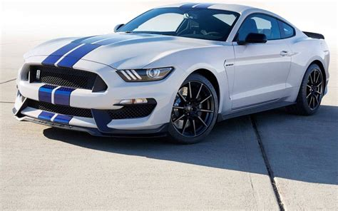 Ford Shelby Gt350 by 2018 Ford Mustang Shelby Gt350 Sports Car Model Details